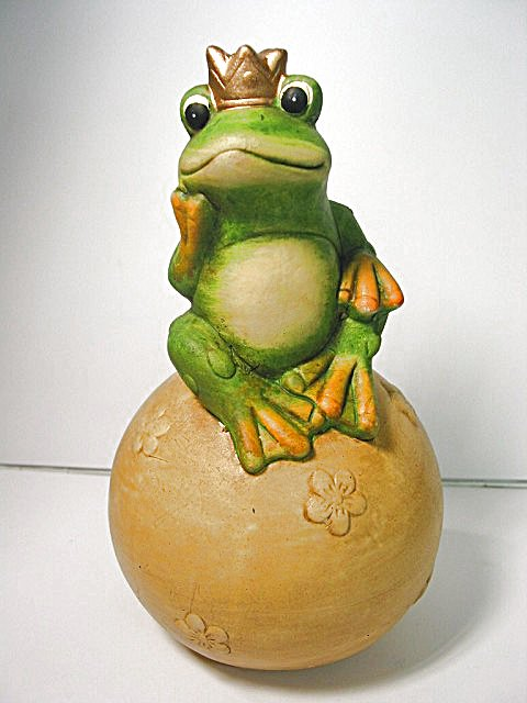 58 keramik figur froschk nig frosch auf kugel