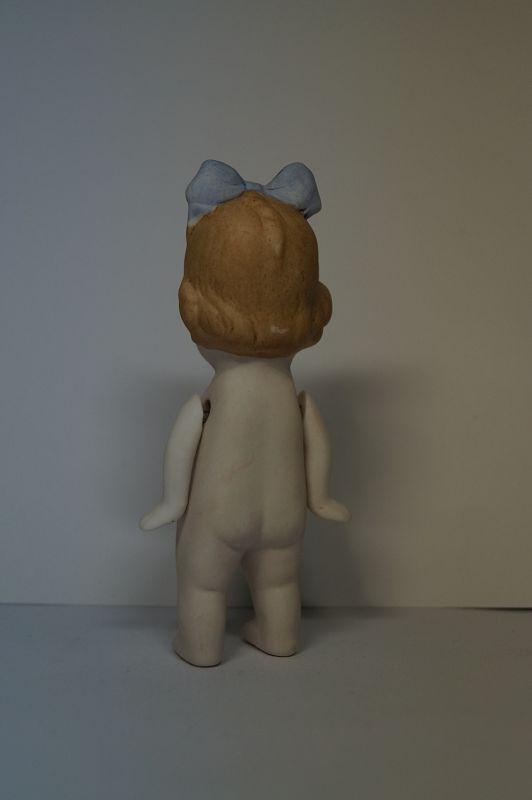Bisquit Porzellan Puppe Blonde Haare Mädchen Blaue Schleife Nackt ca 13cm n171